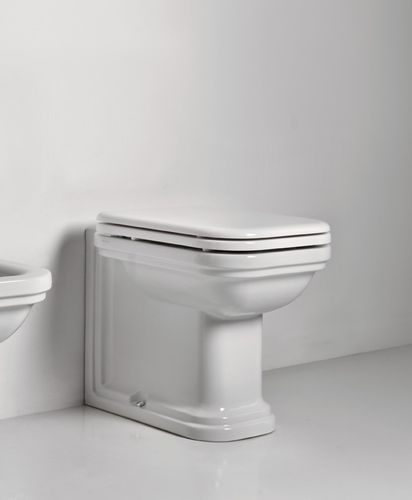 "Stand-WC ""Waldorf"" inkl. Softclose Sitz aus Polyresin"